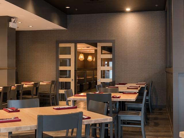 Hojo's Japanese Cuisine dining room
